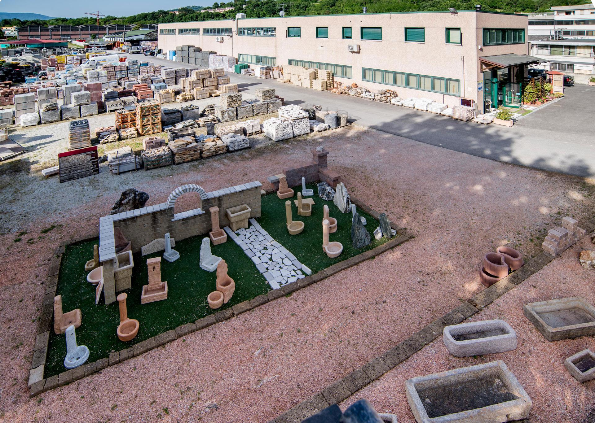 Mobili bassi per bagno for Arredo giardino rimini
